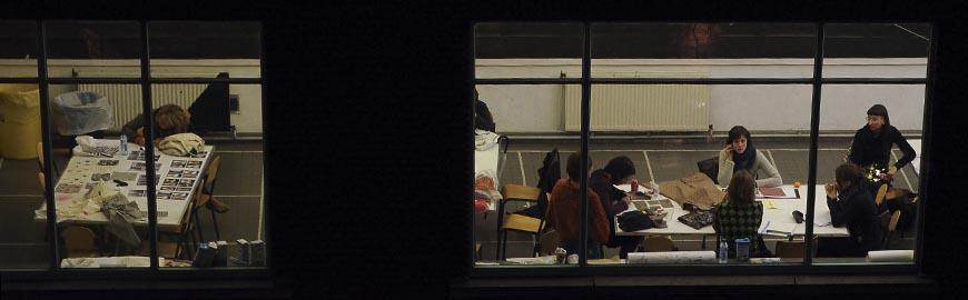 Une classe en cours du soir  PROF/FWB/ Jean-Michel Clajot